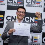 Caicedo recibe credencial de gobernador rindiendo homenaje a los sectores populares del Magdalena